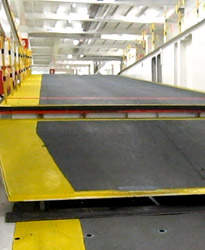 Internal moveable ramp